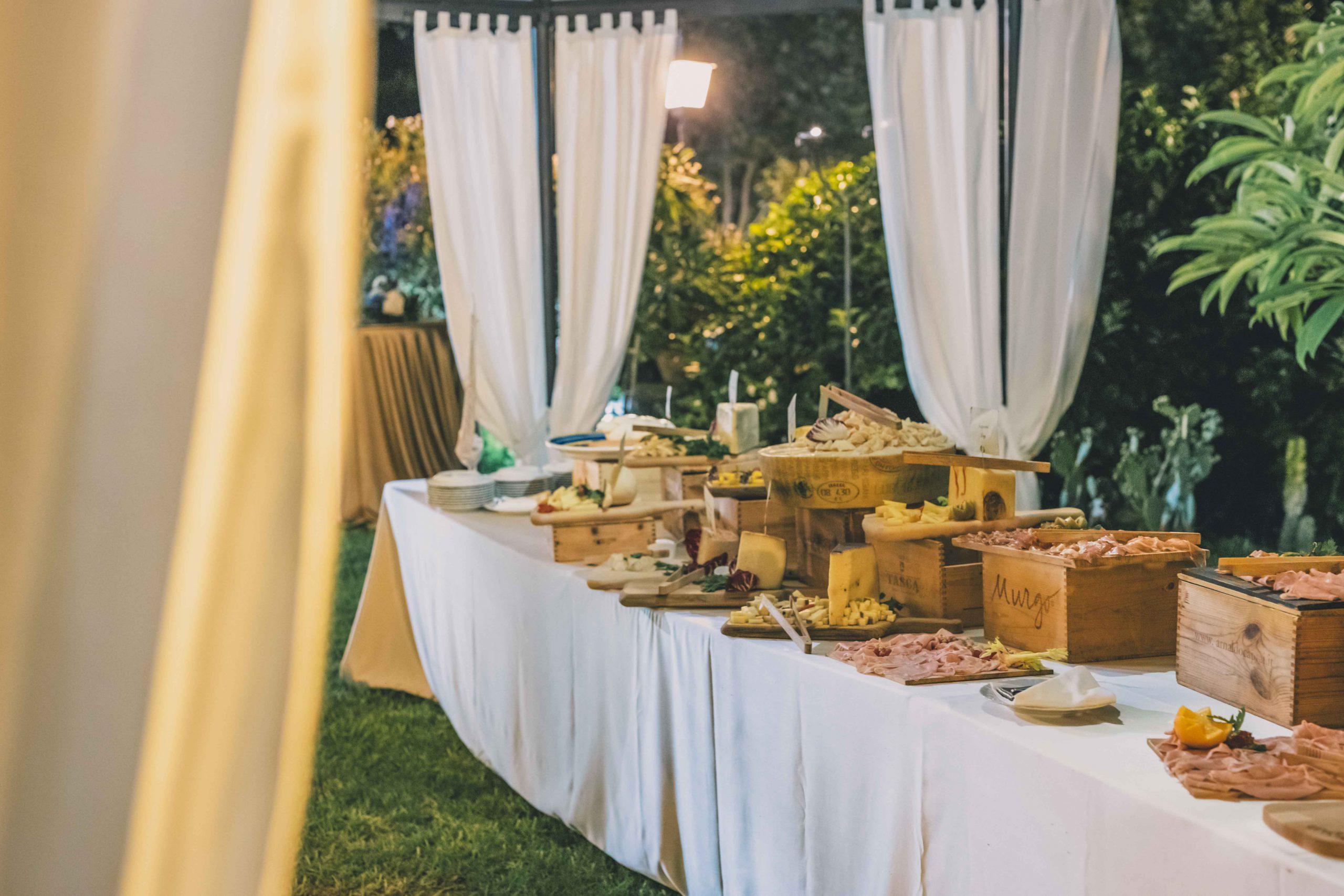 A Villa Musmeci l'arte della gentilezza, dell'ascolto e dell'ospitalità sono tutto ciò che serve per trascorrere una giornata perfetta. Siete pronti a vivere un matrimonio da favola?