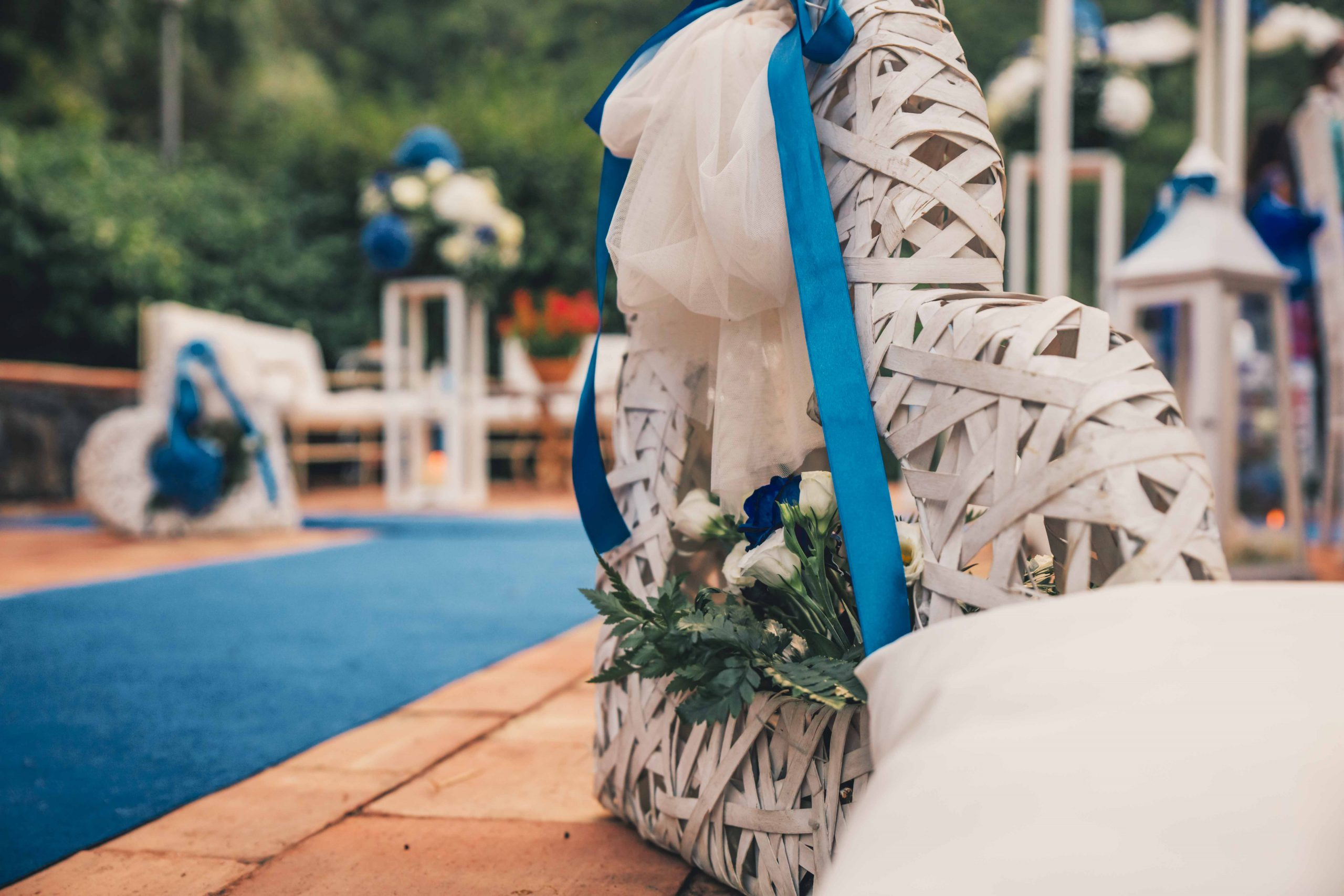 Un matrimonio speciale, immersi nella bellezza della natura, è pronto per essere vissuto: l'acqua cristallina, la macchia mediterranea e i prati profumati fanno di Villa Musmeci il tuo luogo del cuore, il punto di partenza per un sì indimenticabile.