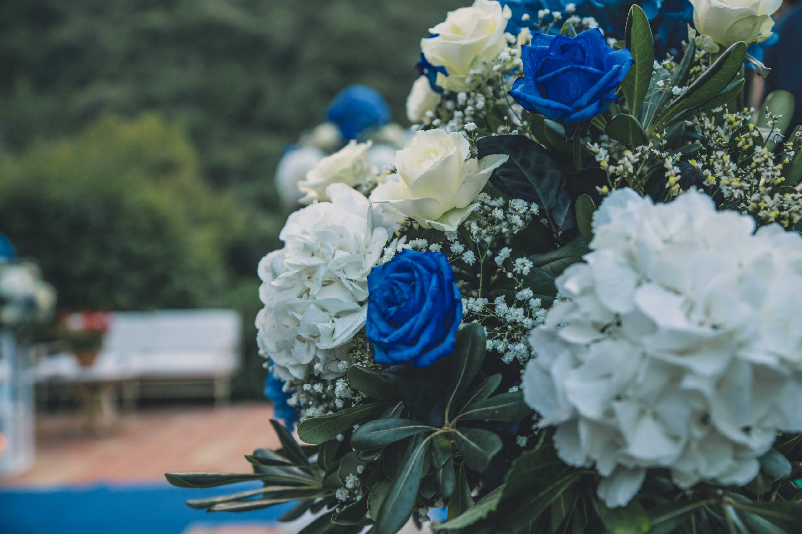 Passo dopo passo si arriva all'altare così fiore dopo fiore sboccia la Primavera. È con questo spirito che desideriamo ripartire e tornare a vivere in vostra compagnia il giorno più emozionante della vita di due innamorati: quello del loro matrimonio. A Villa Musmeci è sempre Primavera.